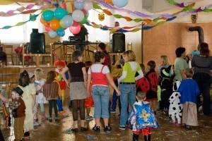 detsky-karneval-08-03-2008-006